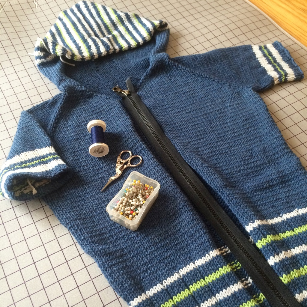 adding a zipper to a hand knit sweater