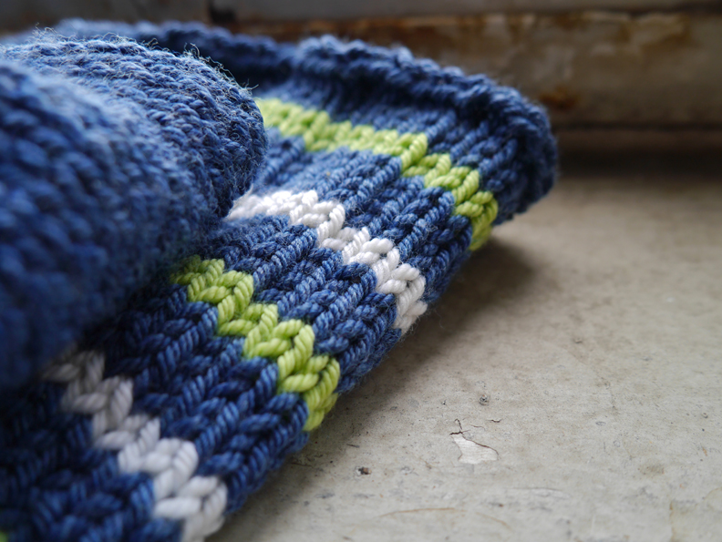 knitting-close-up-3