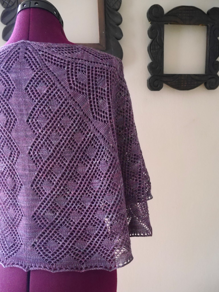 Rosmerta - a lace shawl pattern
