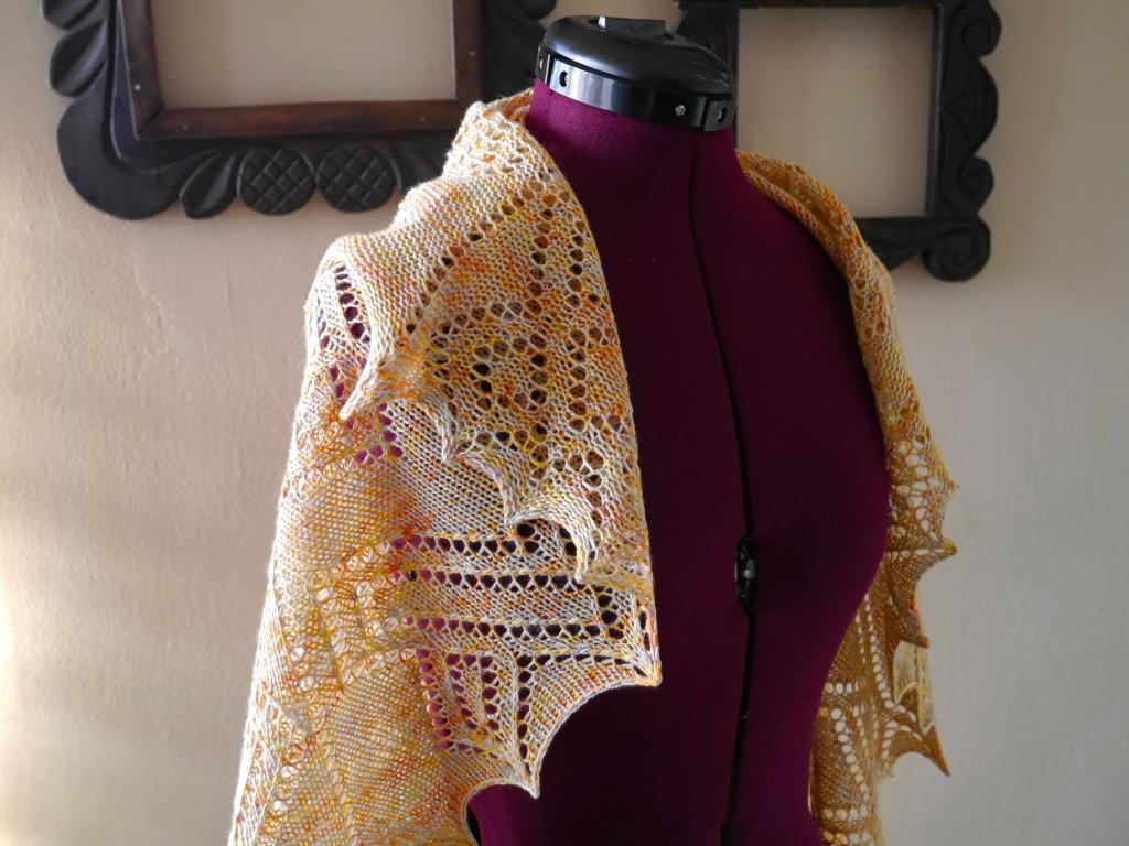 knit lace shawl