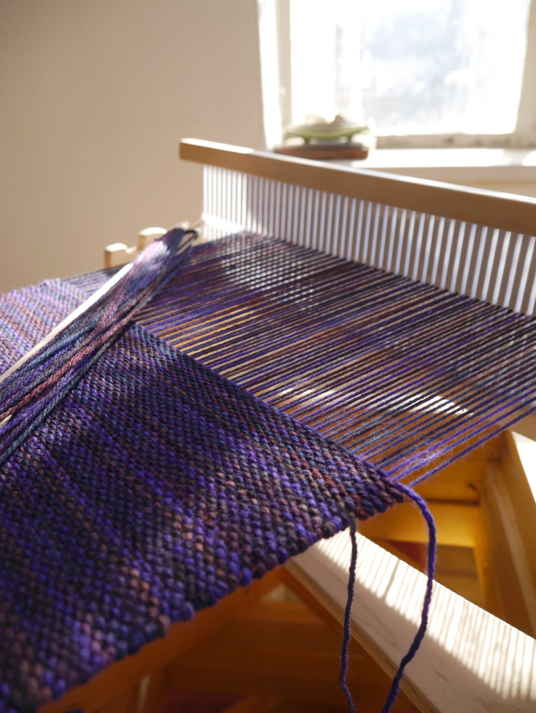 handweaving-rigid-heddle-loom-3