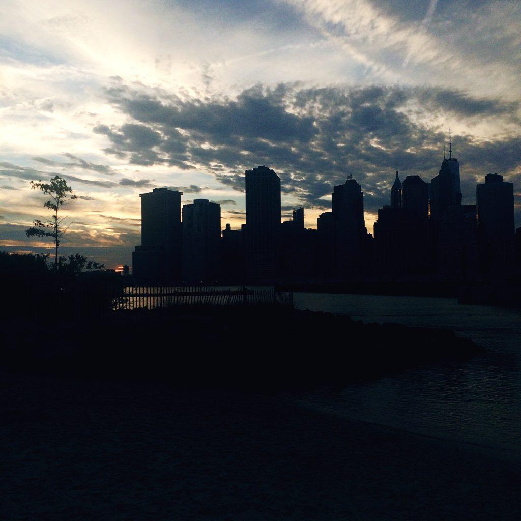 nyc skyline summer sunset